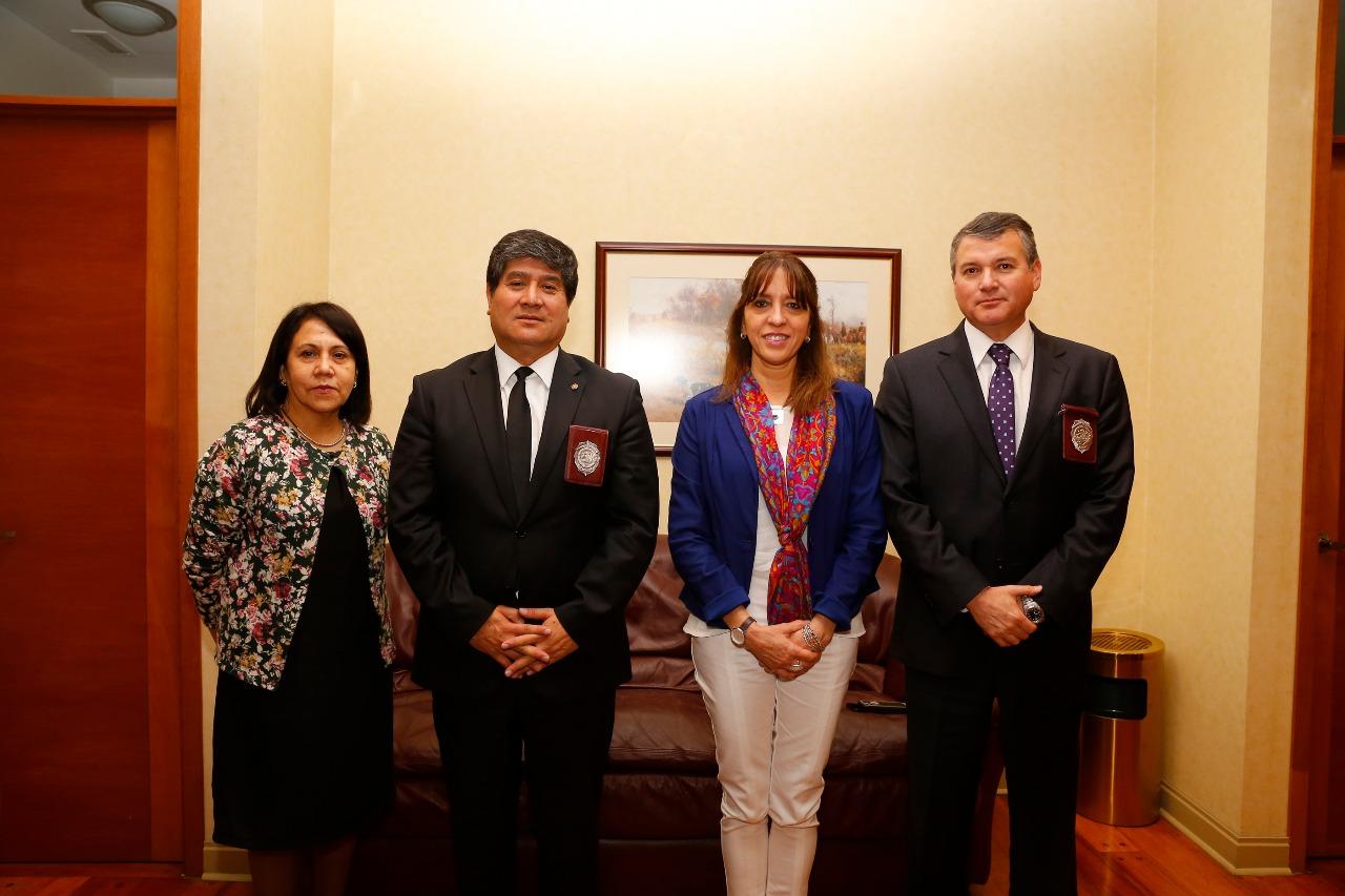 Subsecretaria d az encabeza conversatorio sobre educaci n for Ministerio de migracion