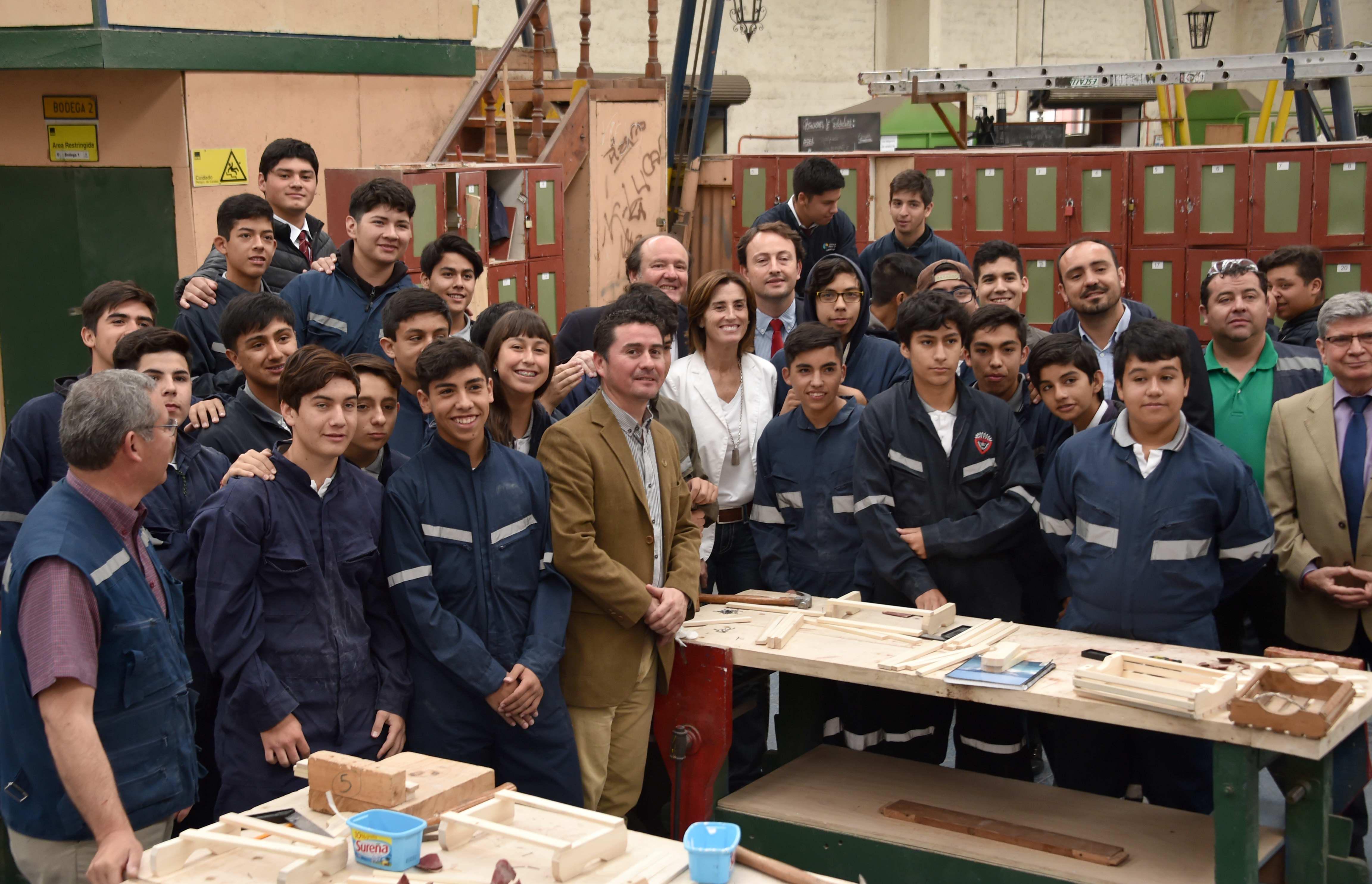 Reconstrucción del Liceo Industrial de San Fernando