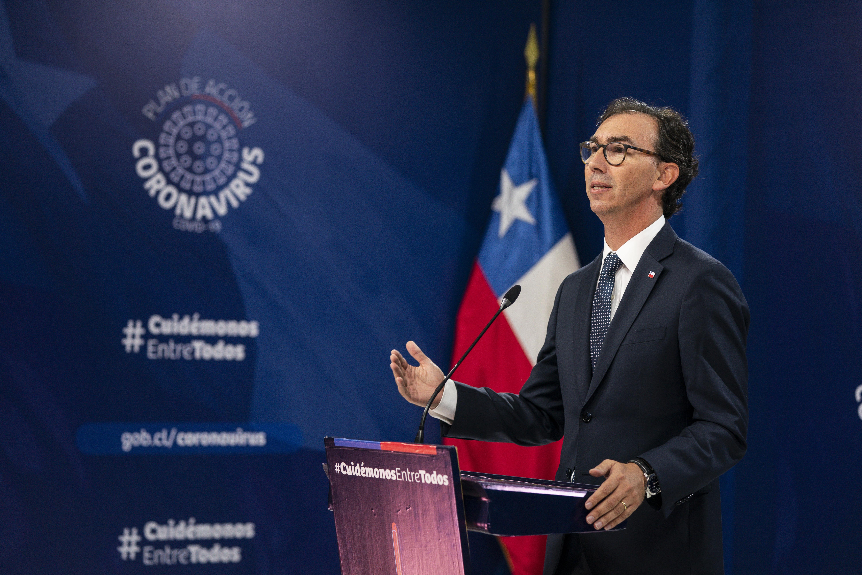 Raúl Figueroa Ministro de Educación MINEDUC